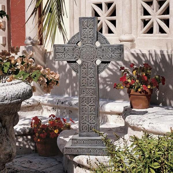 Bannockburn Celtic Cross Sculpture Garden Cross Garden Crosses