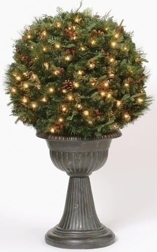 Lighted Ball Shaped Topiary 18 inches - Green