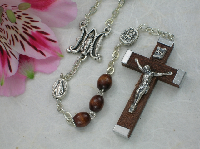 Ghirelli Olive Wood Bordeaux Rosary - Brown
