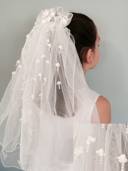 Satin Flower Center Veil with Faux Pearl Streamers - White