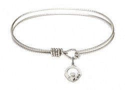 Cable Bangle Bracelet with a Claddagh Charm [BRC4113]