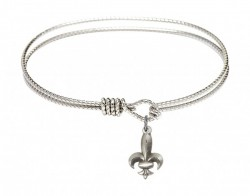 Cable Bangle Bracelet with a Fleur de Lis Charm [BRC0293]