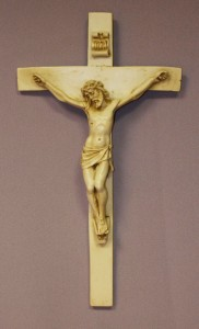 Crucifix in lightly antiqued alabaster 9 1/2 [CRX4041]