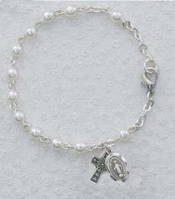 Irish First Communion Faux Pearl Bracelet with Miraculous and Celtic Cross Charm [MVC1064]