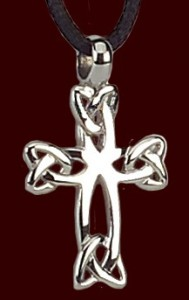 "Stainless Steel Celtic Knot Cross Pendant - 1"" H [TSG1001]"