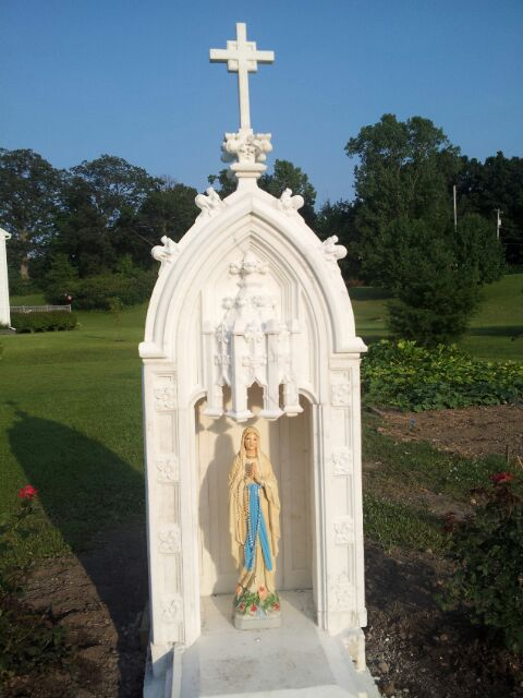 A Wonderful Garden With A Devotion to Mary