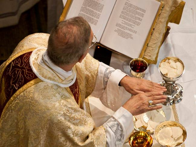 What is the Eucharist? |  Catholic Faith Store