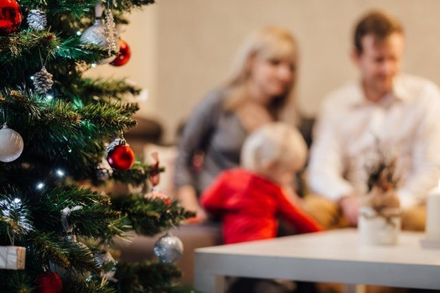 5 Christmas Day Traditions for Catholic Families